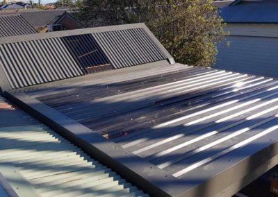 Installing a new pergola roof, its a flat metal roof
